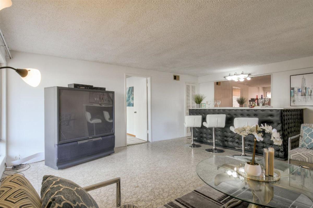 Spectacular Next Gen Home in quiet cul-de-sac mansions