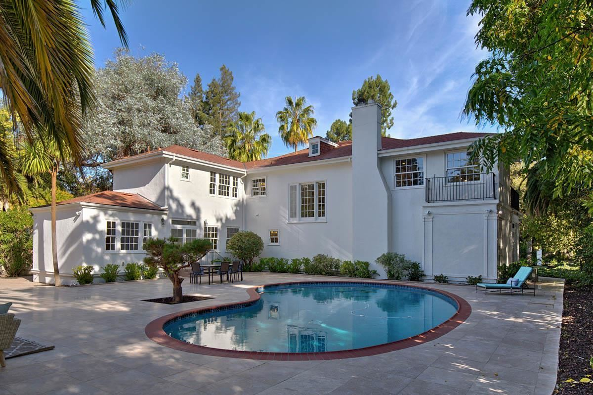Mansions in grand and historic palo alto residence