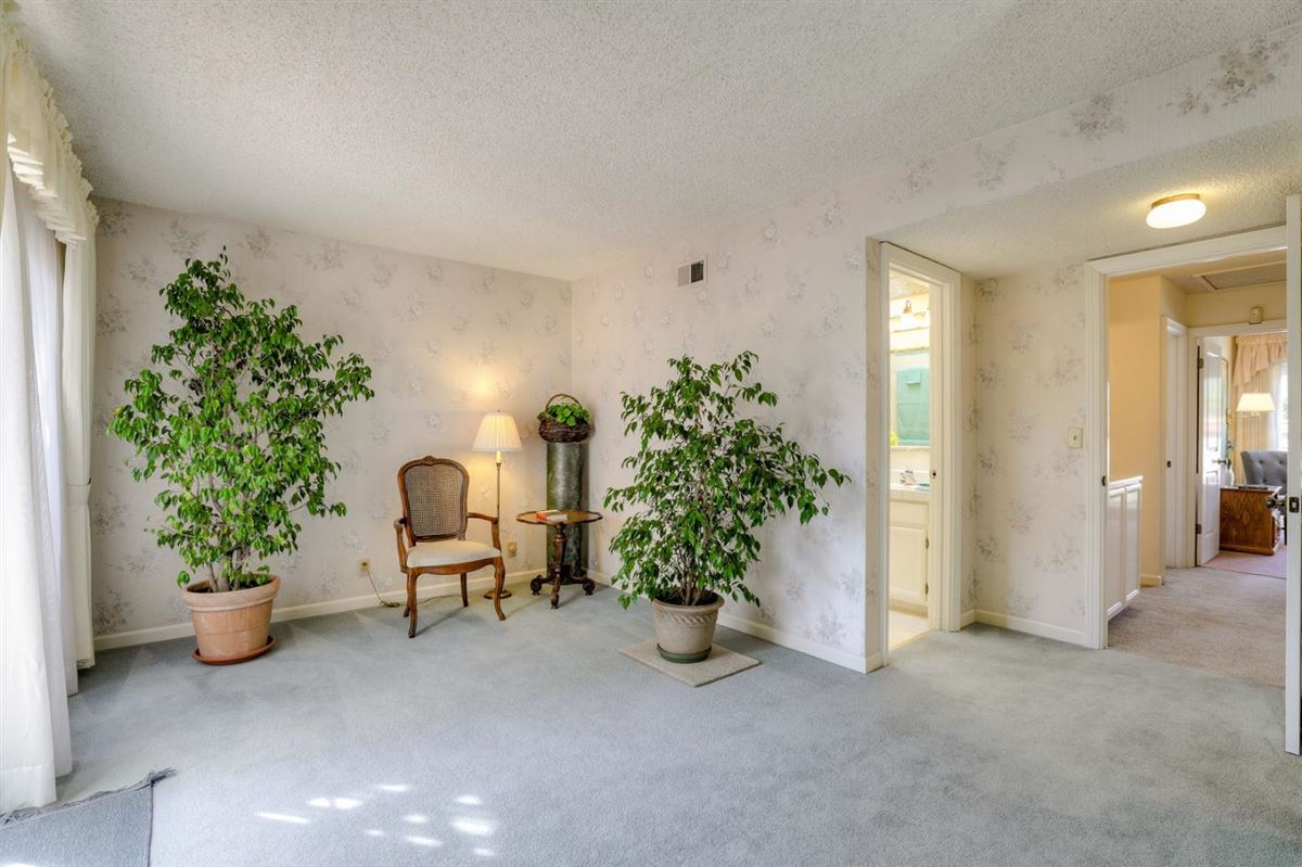 a private and peaceful home luxury properties