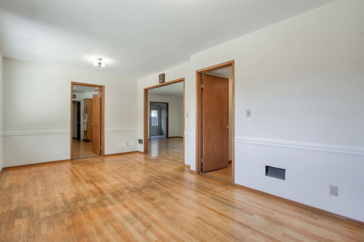 Endless amount of potential in this lovely and spacious home luxury properties