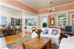 Luxury real estate a Classic seaside home