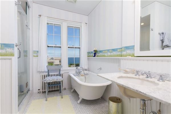 a Classic seaside home luxury real estate