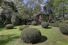 Luxury homes Beresford –Nicholson House