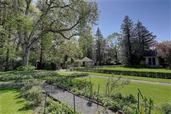 Beresford –Nicholson House luxury properties