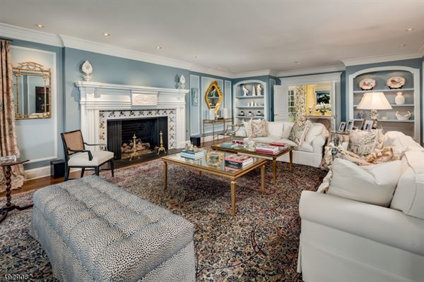 Luxury homes Hilltop—long recognized as one of Tewksbury Township's