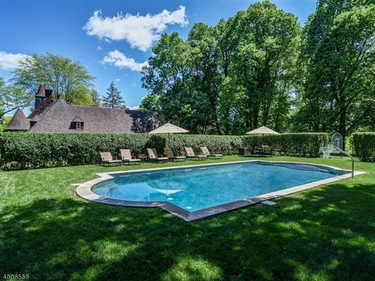 Luxury homes in Hilltop—long recognized as one of Tewksbury Township's