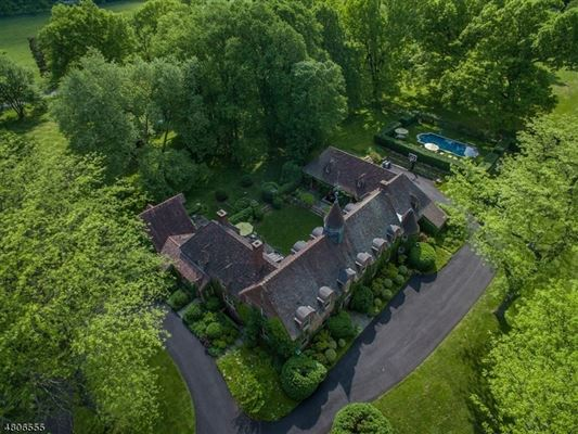 Hilltop—long recognized as one of Tewksbury Township's  luxury homes