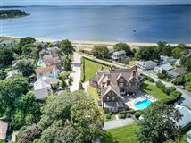 Beach front grandview at its Best luxury homes