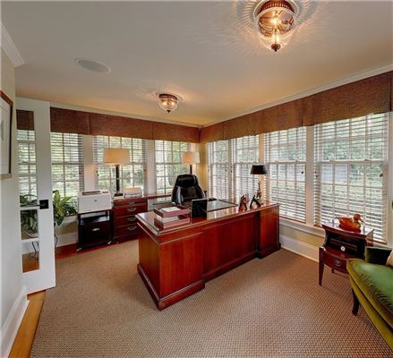 Mansions  impeccably renovated classic property