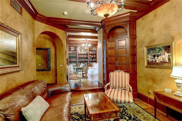 Mansions in completely renovated Tudor style home