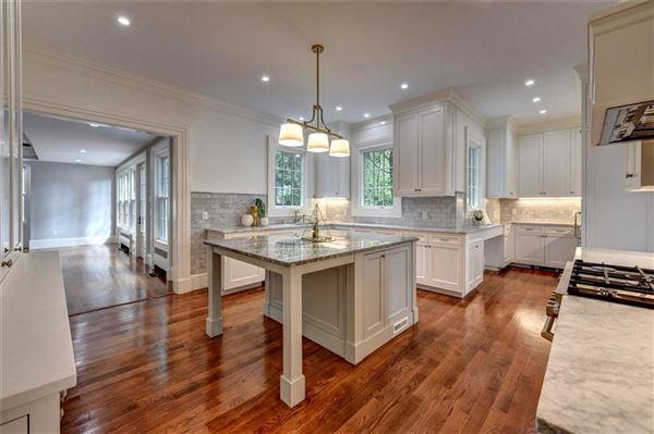 Luxury properties William Douglas House