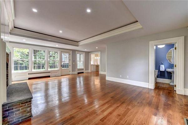 Luxury real estate William Douglas House