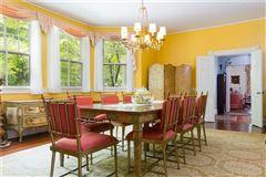 Classic seaside home luxury properties