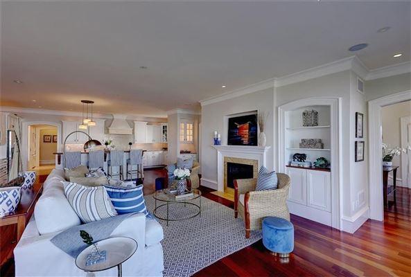 Luxury properties exquisite property on barrington harbor