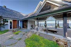 Luxury real estate the tea house