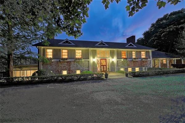 Mansions in five-plus acre waterfront estate