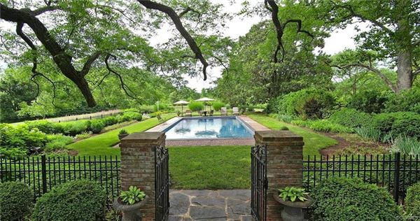 Luxury homes in a magnificent offering