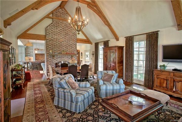a magnificent offering luxury homes