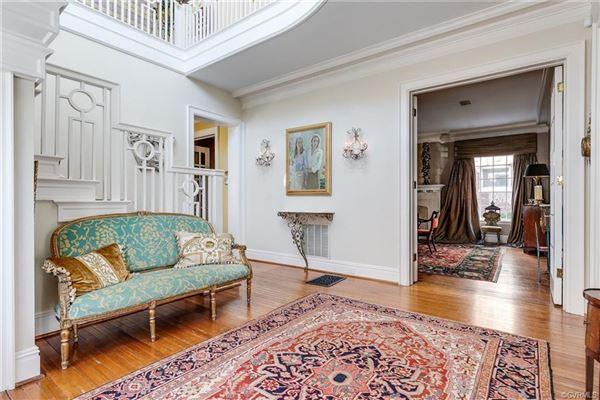 A true Richmond landmark luxury homes