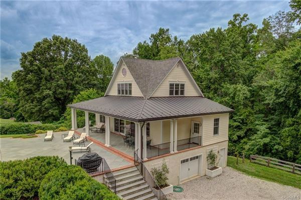 Luxury homes a 32.9-acre gated country estate in Eastern Goochland