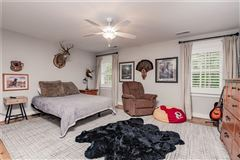 Luxury homes stunning near new home with wonderful custom features