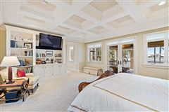 Mansions in Exquisite Opportunity in the Northern Palm Beaches