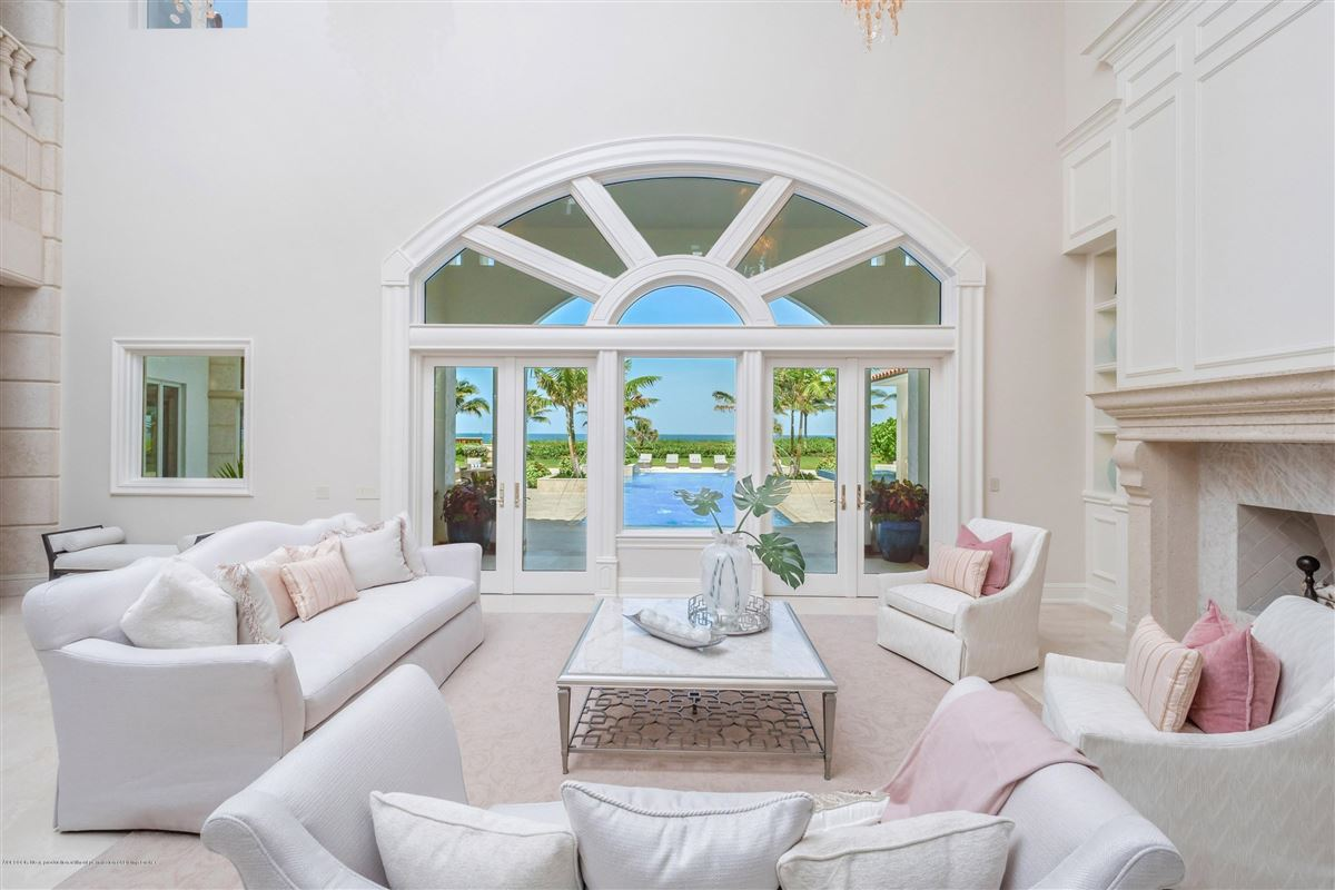 Magnificent Oceanfront estate home luxury real estate