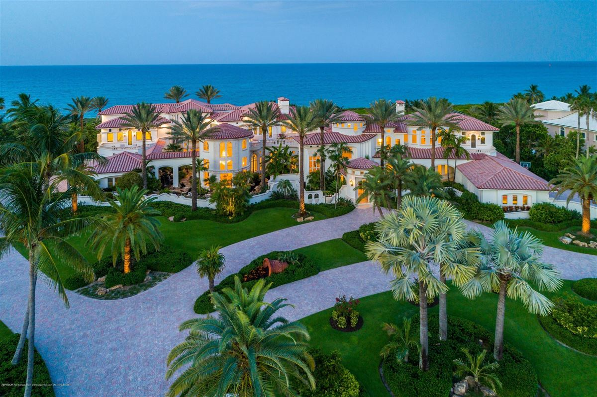 Luxury homes in Magnificent Oceanfront estate home