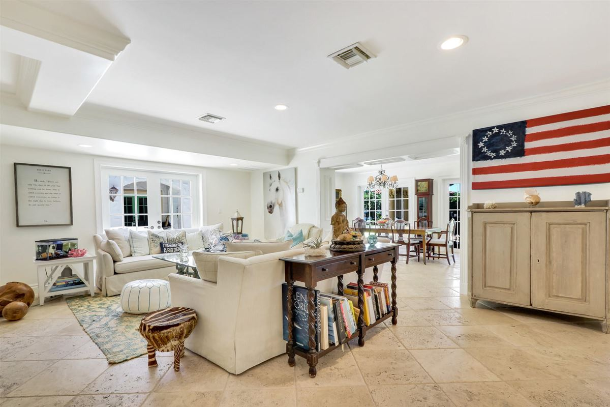 Luxury homes Direct Intracoastal waterway Tuscan-style estate home