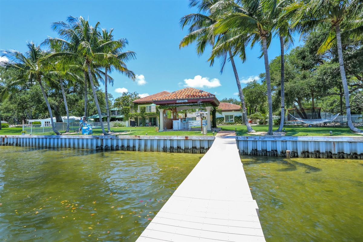 Luxury real estate Direct Intracoastal waterway Tuscan-style estate home