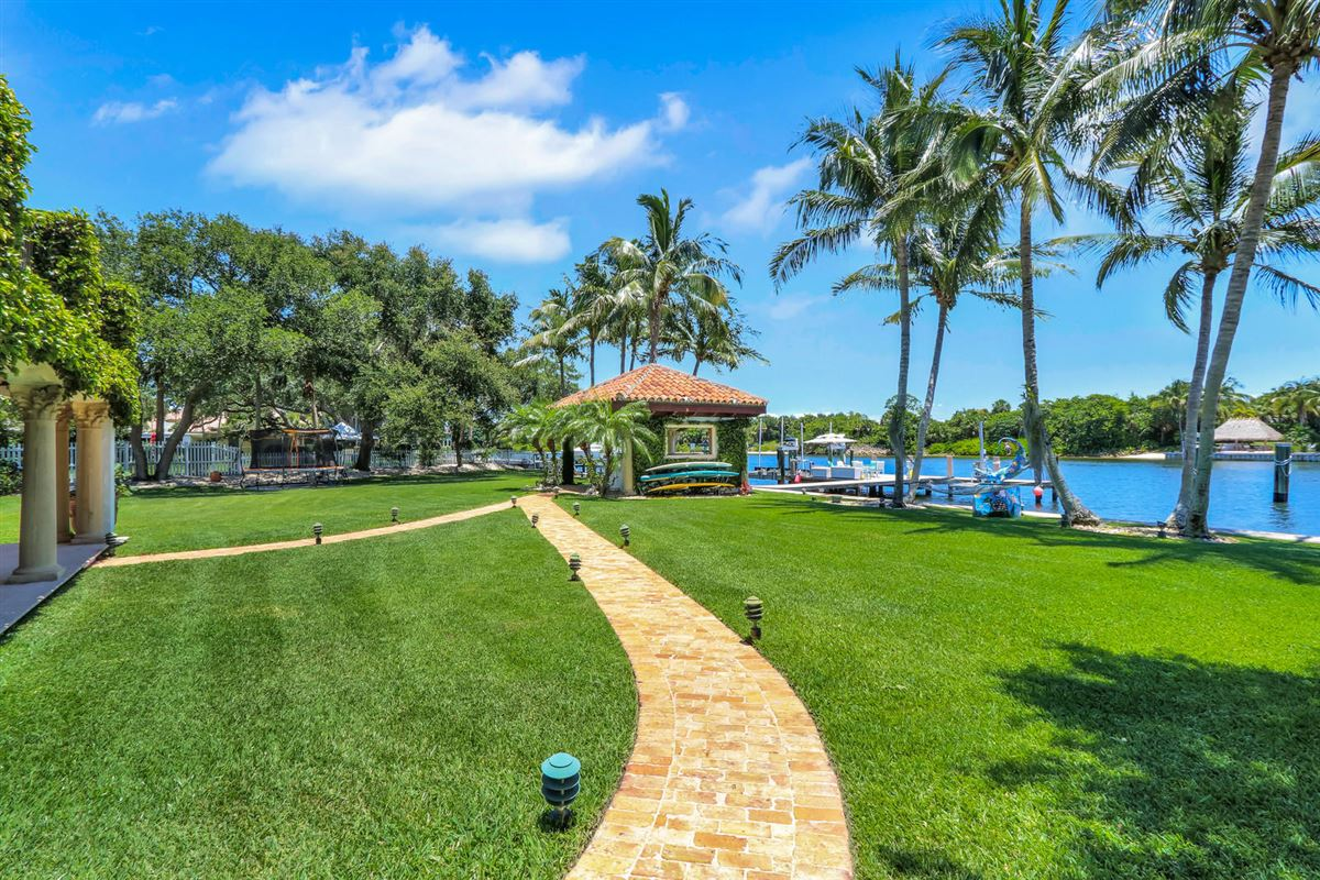 Luxury properties Direct Intracoastal waterway Tuscan-style estate home