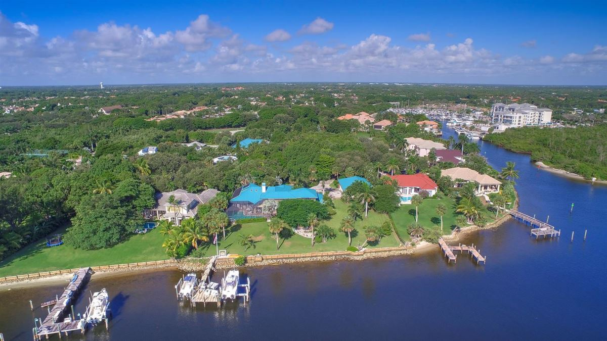 giant lot by South Florida Intracoastal Waterway luxury homes