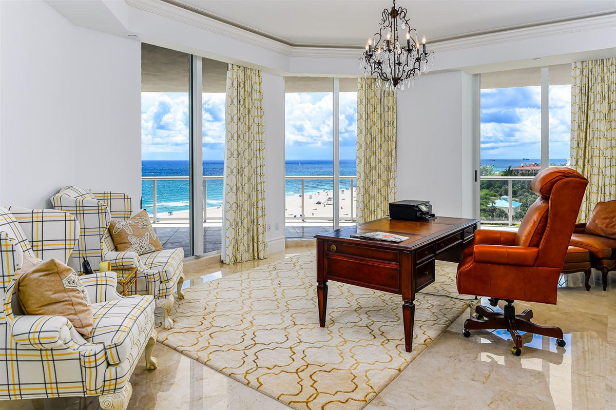 Luxury properties The Ritz-Carlton tower suite