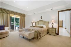 Luxury homes in tranquil farm and turnkey estate home