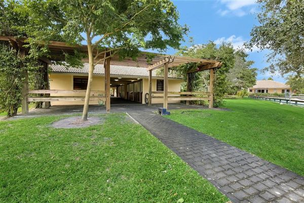 Luxury homes tranquil farm and turnkey estate home