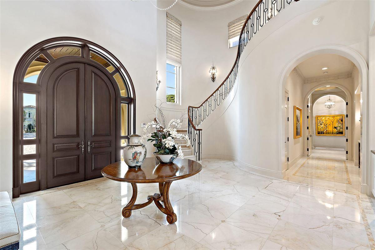 gracious luxury living luxury real estate