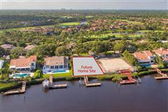 Luxury properties Admirals Cove home
