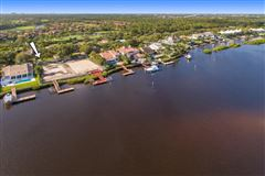 Luxury real estate Admirals Cove home