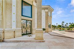 Luxury properties Glamorous European Villa on Jupiter Island