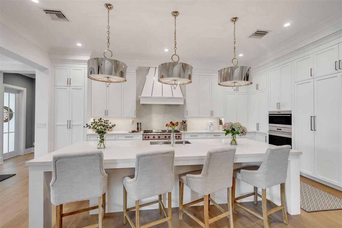 Luxury properties luxury custom estate in exclusive community