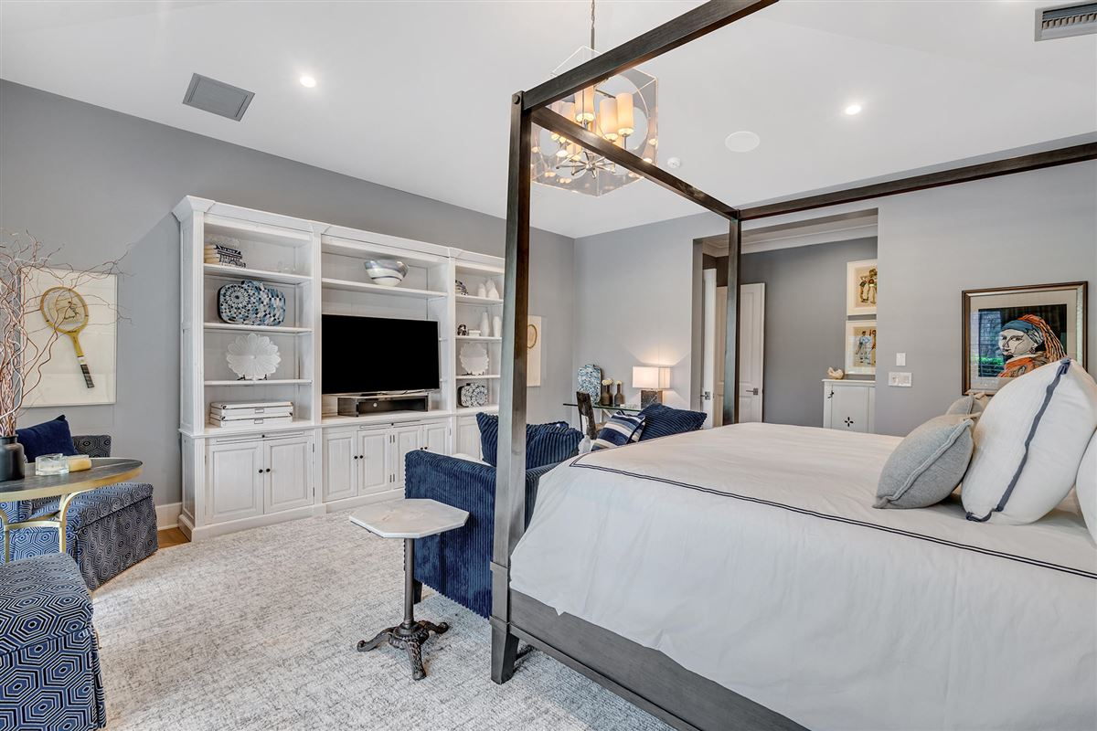 luxury custom estate in exclusive community luxury properties