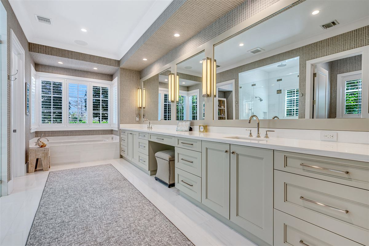 Mansions in luxury custom estate in exclusive community