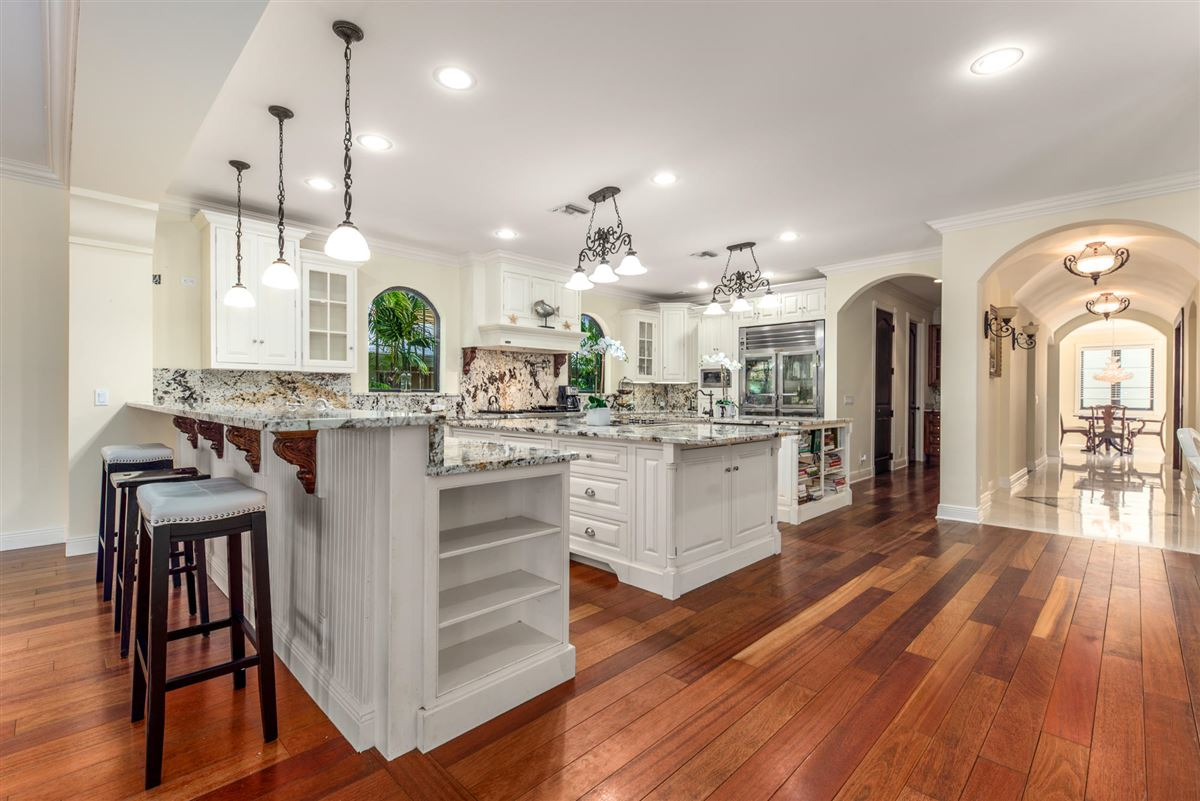 Spectacular direct Intracoastal home luxury properties