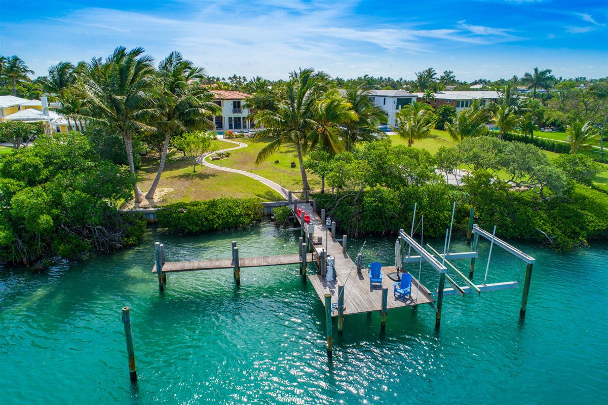 Spectacular direct Intracoastal home luxury homes