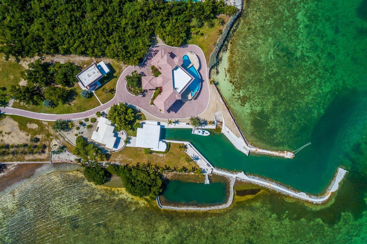 Luxury properties Paradise Found in The Florida Keys
