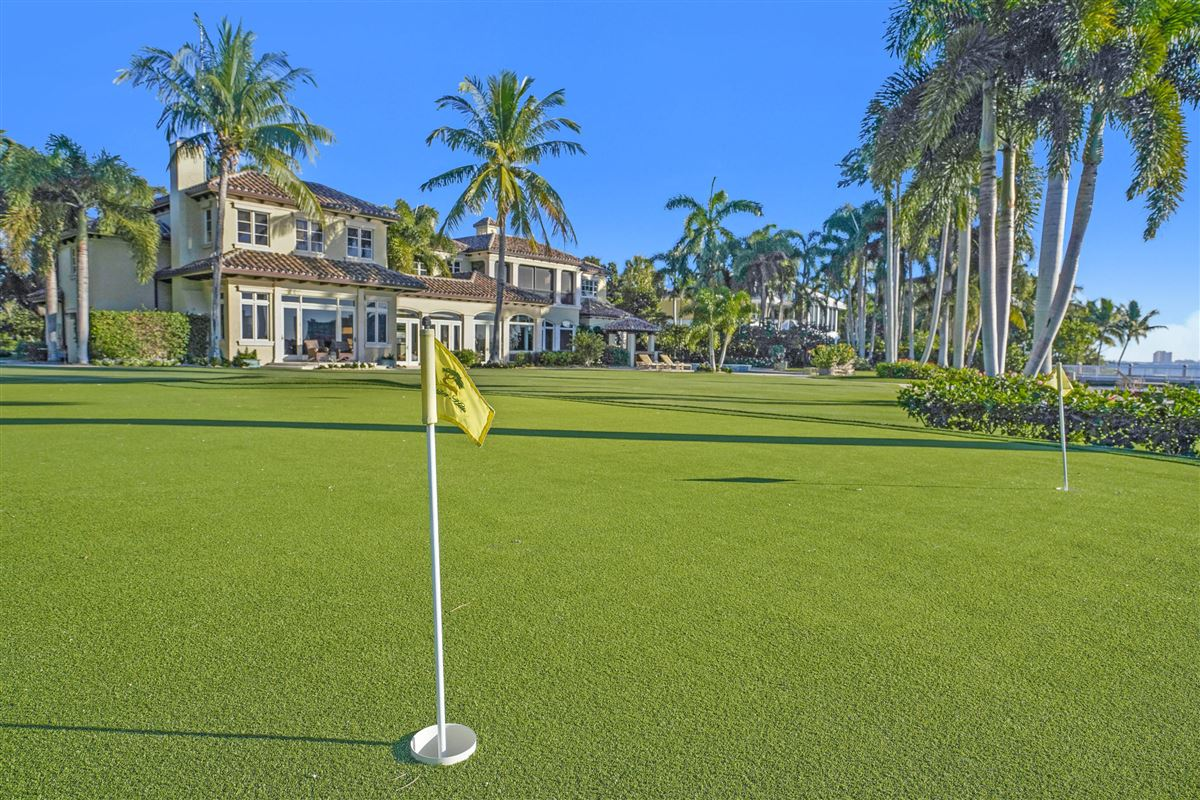 Magnificent Northern Palm Beaches Residence luxury homes
