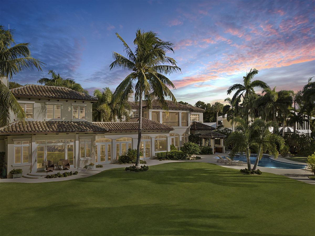 Magnificent Northern Palm Beaches Residence luxury properties