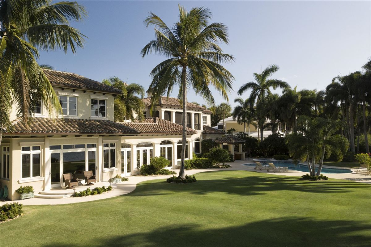 Luxury homes Magnificent Northern Palm Beaches Residence