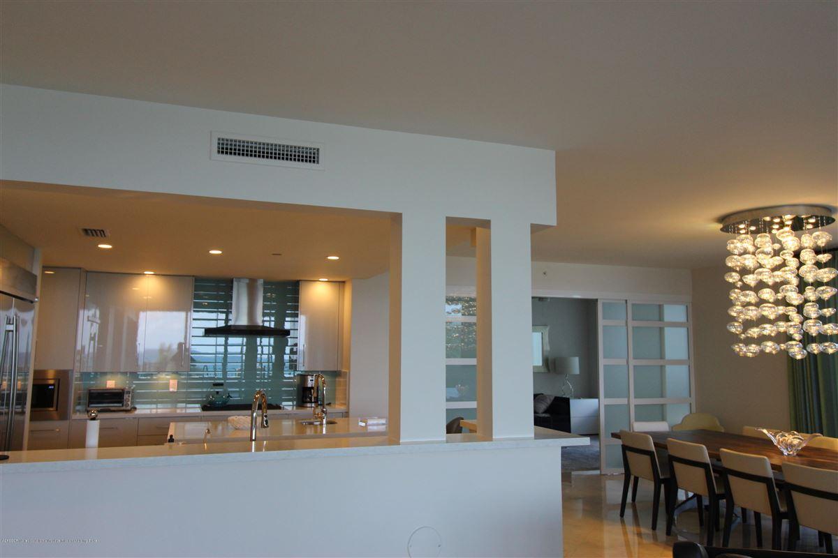 Luxury homes gorgeous 4th floor unit