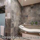 Luxury properties gorgeous 4th floor unit